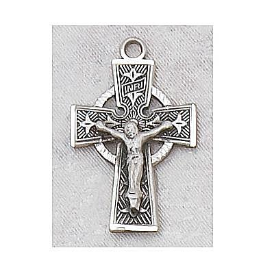 CELTIC CRUCIFIX MEDAL.  L8084.